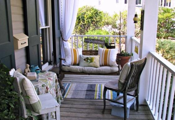 Balancelle pour la décoration de votre terrasse