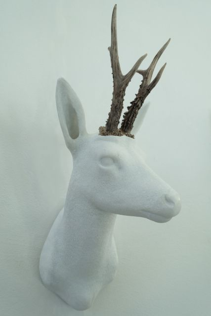 sculpture-cerf-marbre