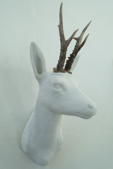 sculpture-cerf-marbre
